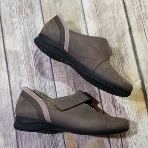 Mephisto Velcro Loafers size 8